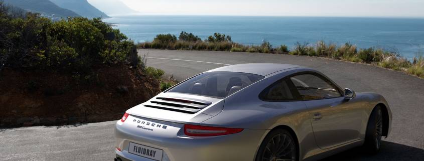Porsche rendering with FluidRay